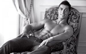 Cristiano-Ronaldo-Style-Wallpaper-HD