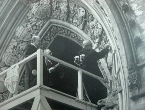 Carving the coat of arms of Newfoundland on to Parliment Building. 1949