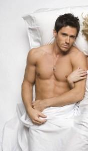 Brandon-Beemer-hottest-actors-33102048-293-500