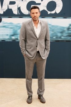 Ben-Affleck-wore-grey-suit-while-out-promoting-Argo-Rome
