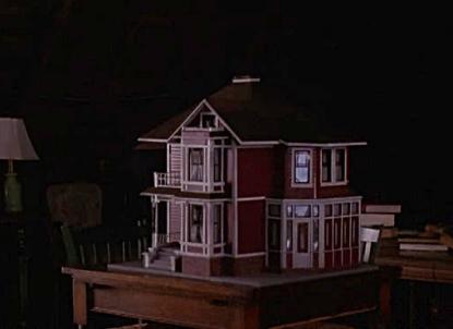 8x13-Dollhouse
